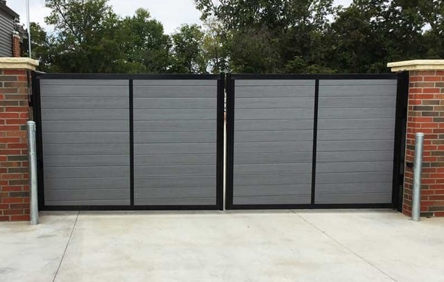Aluminum & Vinyl Combo Fence