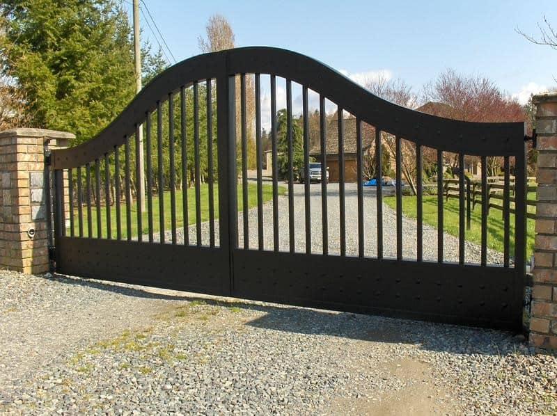 Arch Top Aluminum Driveway Gates Vancouver