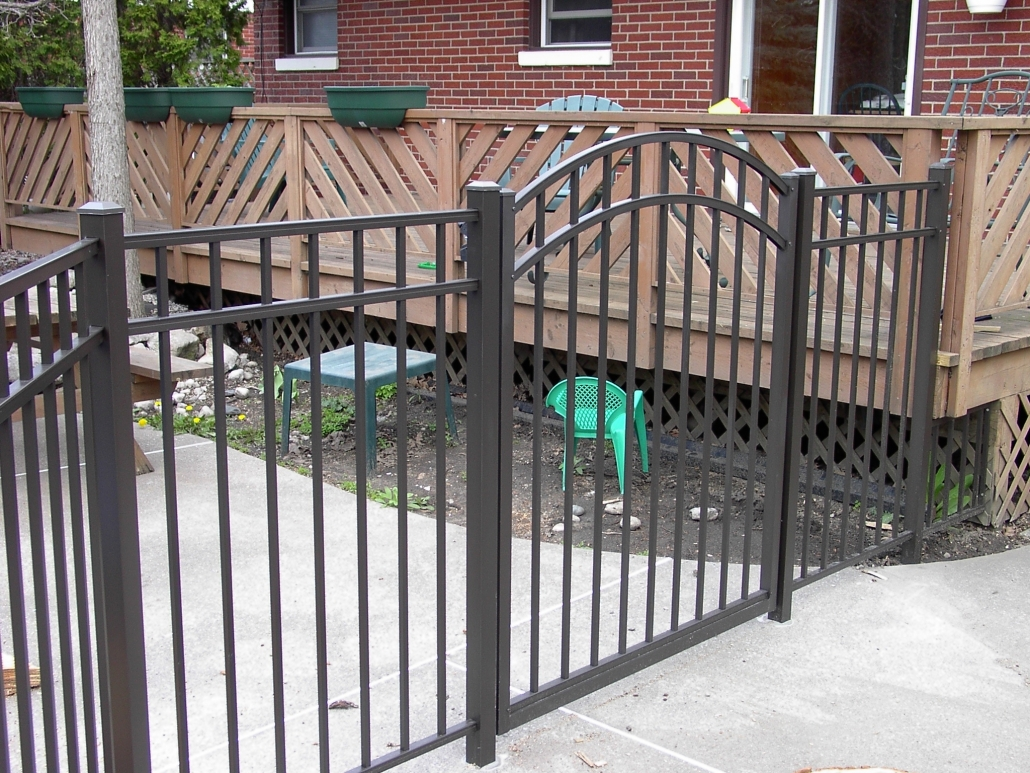 Aluminum Man Gate For Pool Fence - Vancouver
