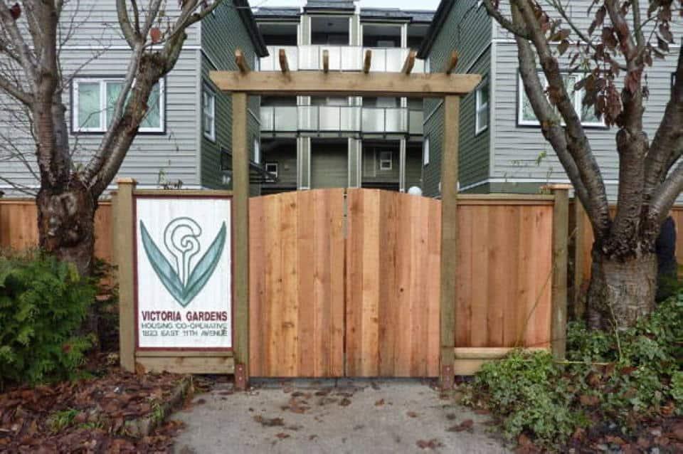 Cedar Gates & Arbours Vancouver, BC