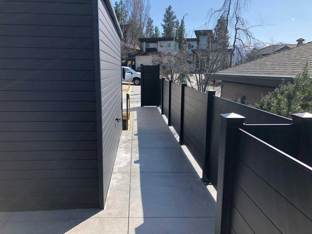 aluminum-privacy-fencing-vancouver